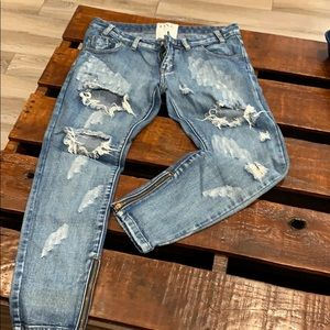 One by one teaspoon distressed jeans